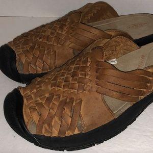 Keen Size 8 Metatomical Fisherman Slip On Sandal